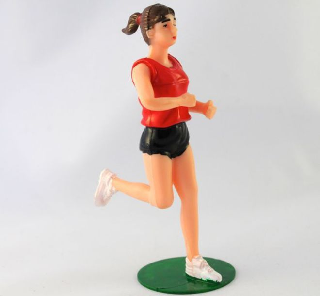Jogging Girl 100mm image 0