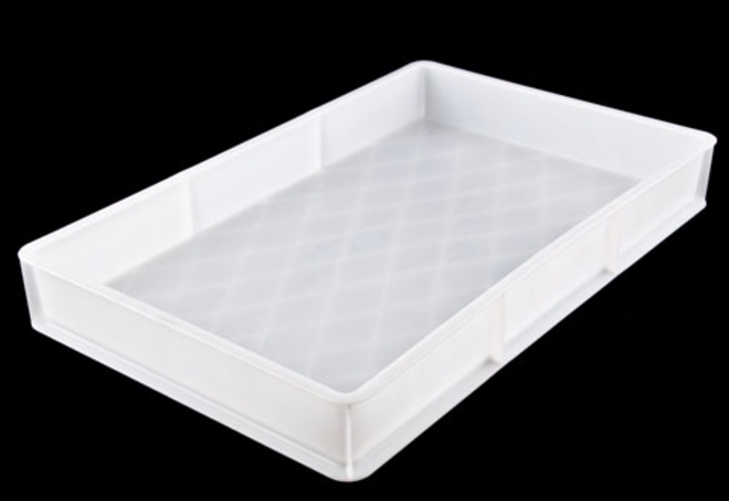 29LTR PLASTIC PASTRY TRAY (710 x 448 x 85) image 0