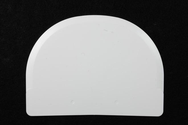 White Plastic Scraper 120 x 88mm (Extra Flexible) image 0