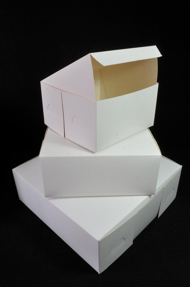 Cake boxes 7 x 7 x 4 inch, 178 x 178 x 102mm, Bundles of 100 image 0