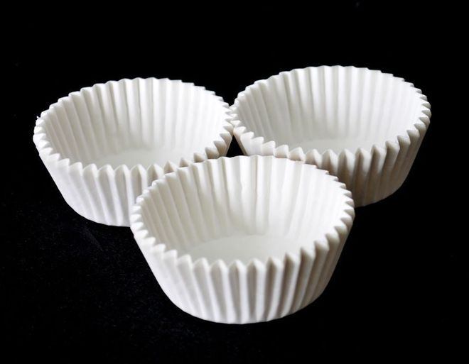 Muffin Papers, 50mm base x 31mm height (Box of 2000) image 0