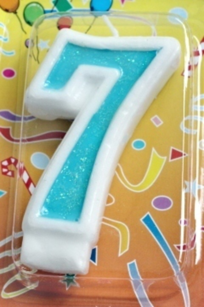 Candle Glitter Blue Number #7 (80mm) image 0