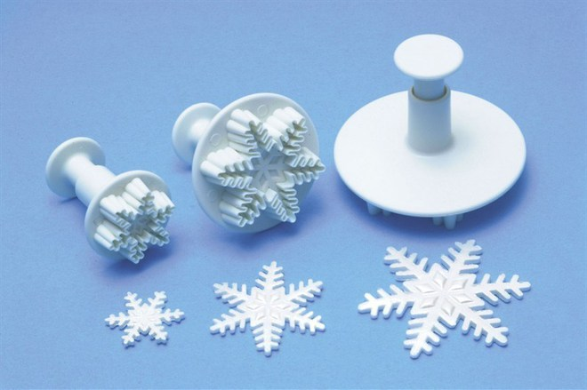 Snowflake Small Plunger Cutter 25mm image 0