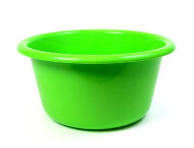 20cm diameter 2.6 litre Plastic Bowl (Astd colours) image 0