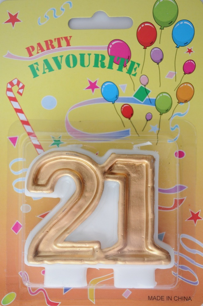 Candle 21 Numeral Gold image 0