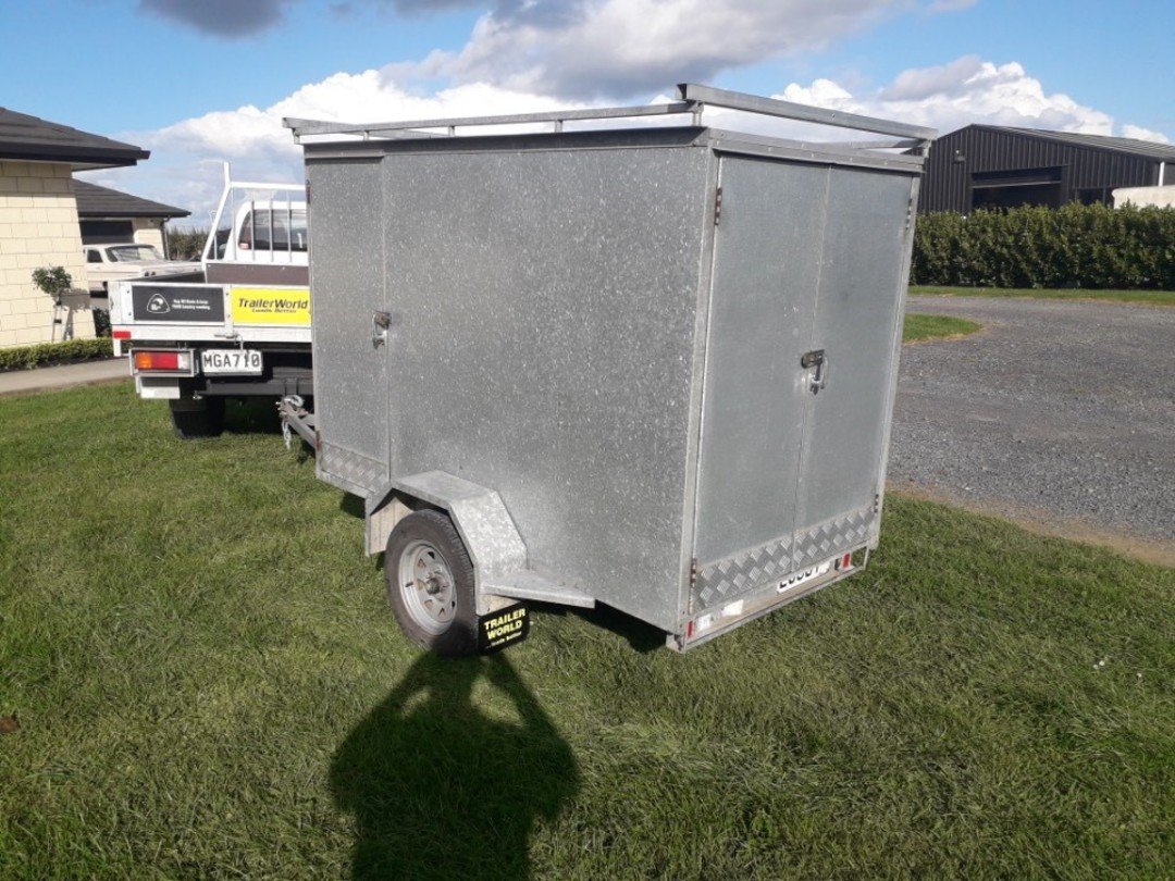Enclosed Builders Trailer image 1