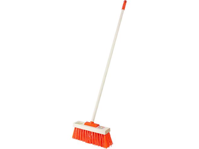 Yard Broom image 0