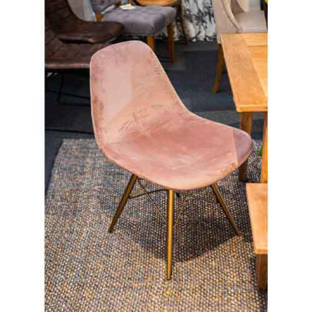 Naples Dining Chair Plush Pink Velvet image 3