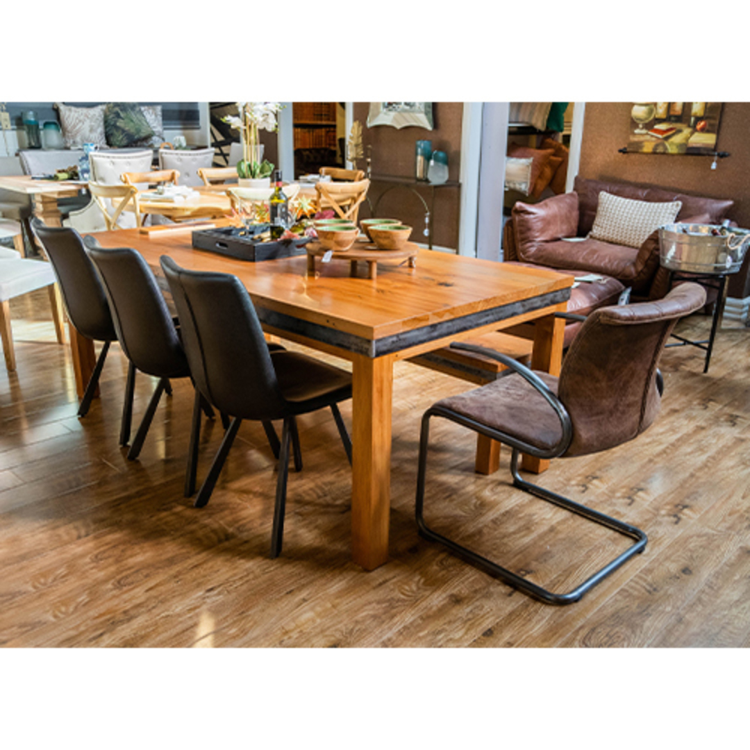 Avantgarde Dining Table 2.2M image 12