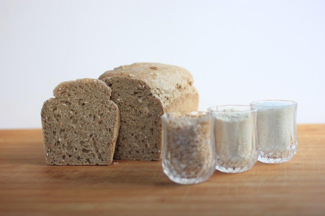 Spelt ( Dinkel or Farro)  Wholemeal Sourdough Loaf 400g image 0