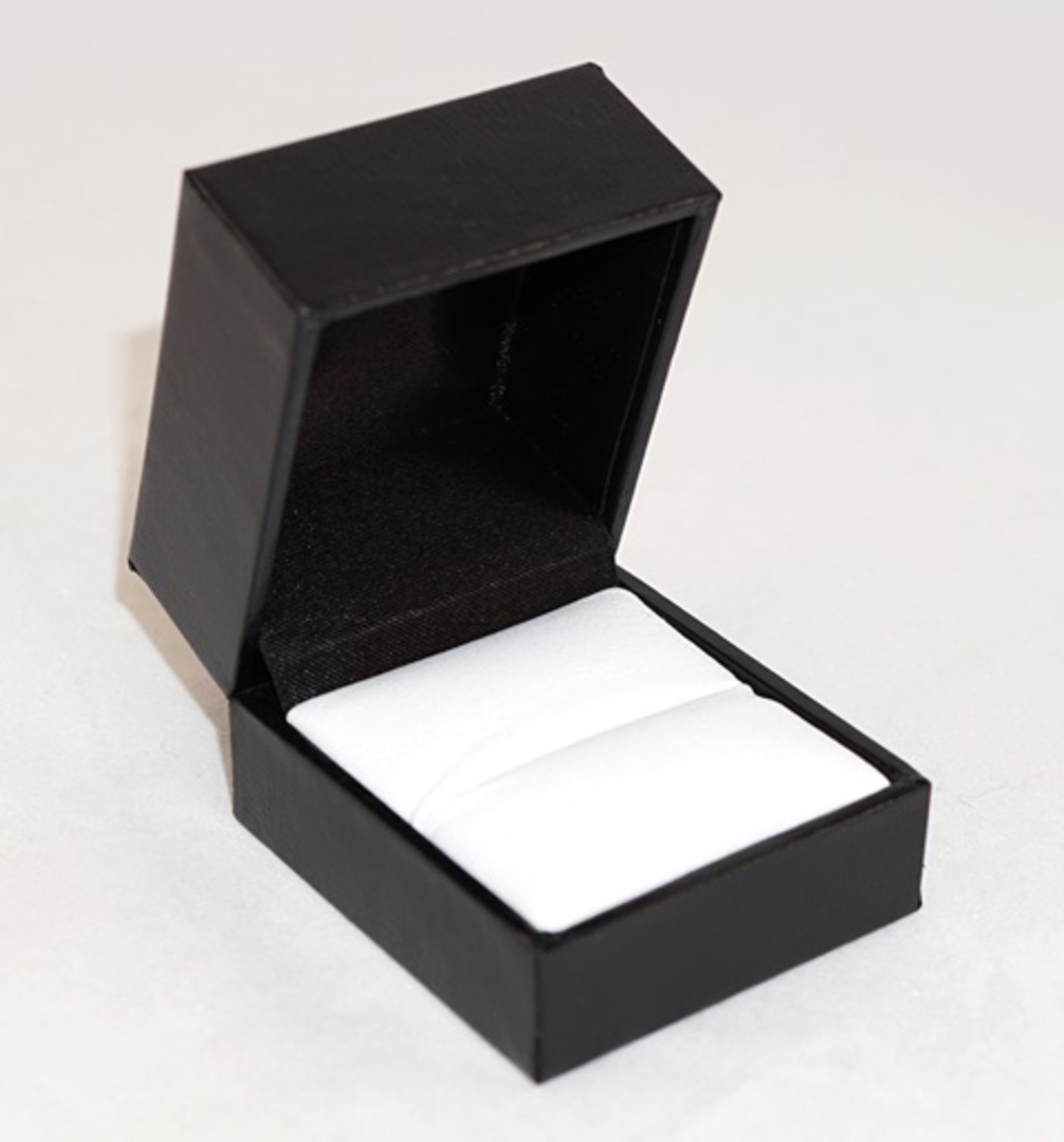 SDR PREMIUM - RING BOX LEATHERETTE BLACK TWO TONES INSERTS & OUTER BOX image 2