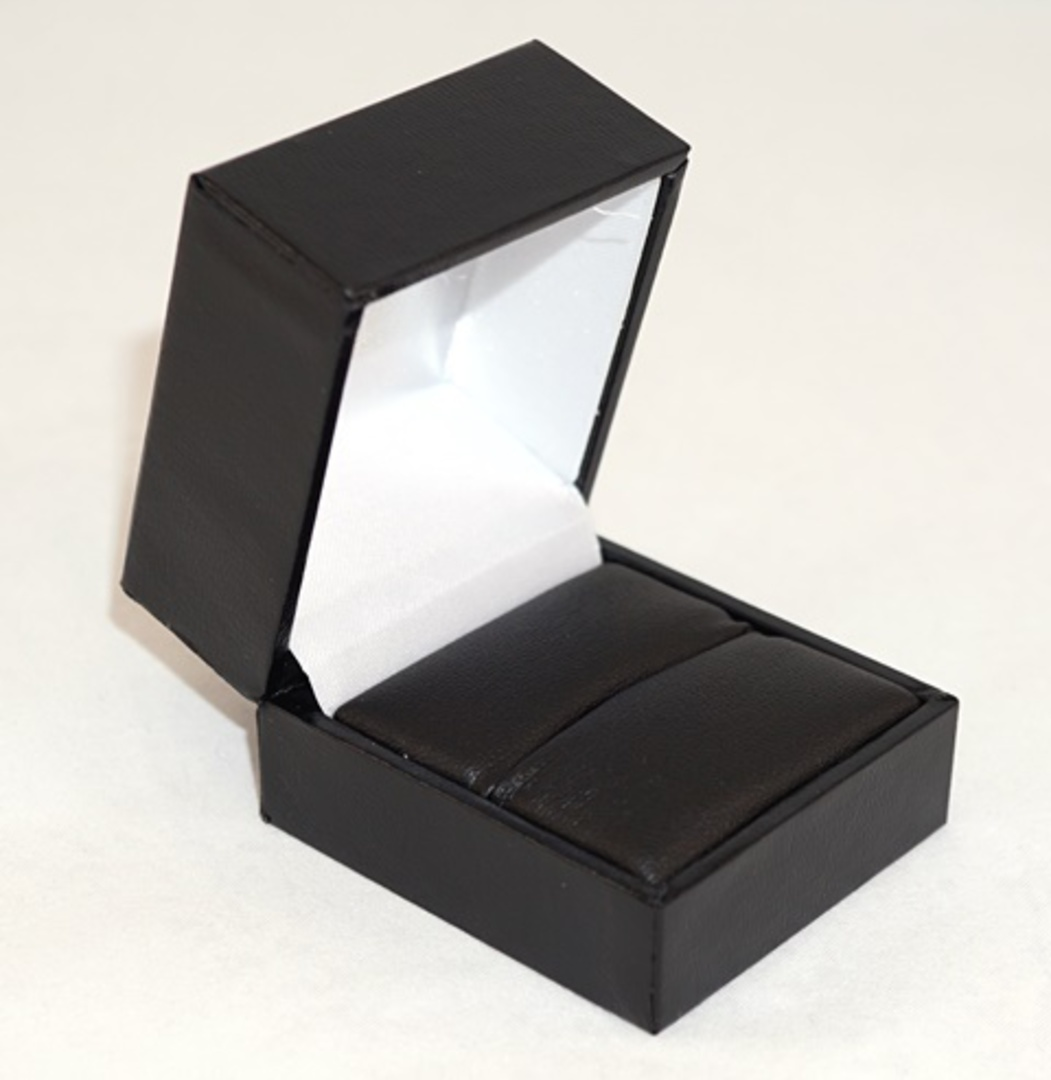 SDR PREMIUM - RING BOX LEATHERETTE BLACK TWO TONES INSERTS & OUTER BOX image 3