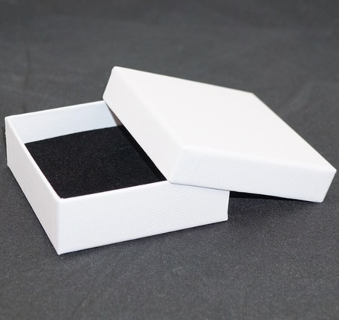CBBM - MULTI BOX CARDBOARD WHITE BLACK PAD (36 PCS) image 1