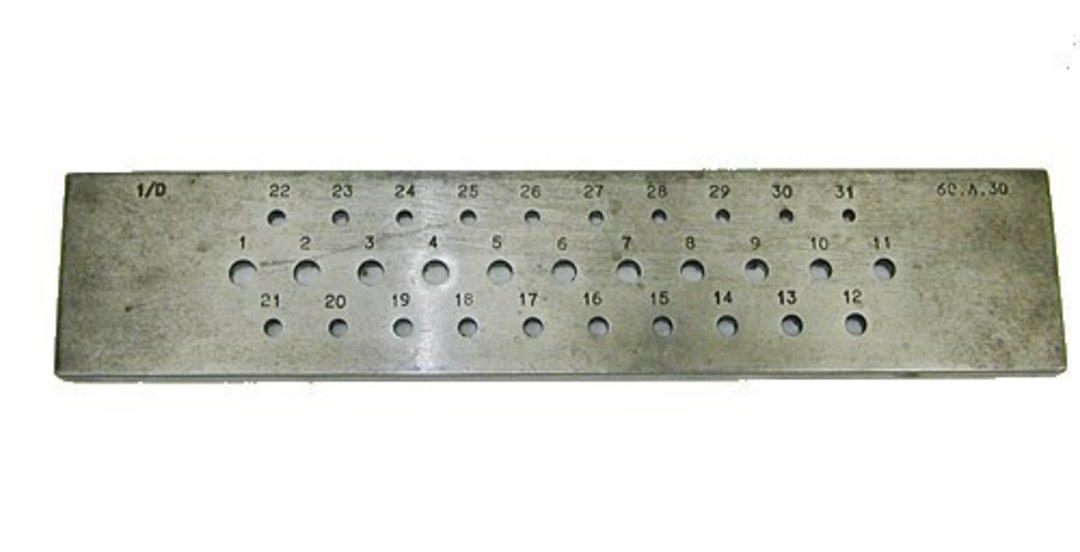 DRAWPLATE ROUND 3 - 6mm 31 HOLES image 0