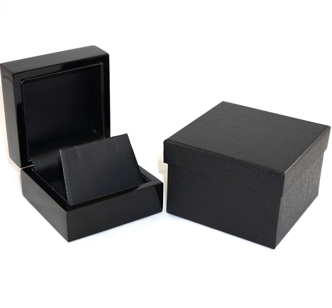 EARRING BOX GLOSS BLACK WOOD BLACK FLAP image 0