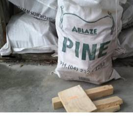 Block Wood Bag Kiln Dried Pine (Bag)  (In store or Click and Collect)