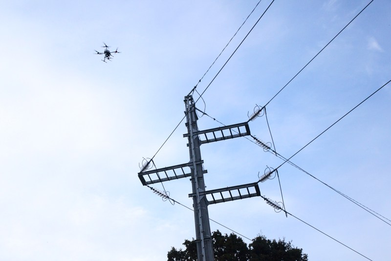 altigator-onyxstar-xena-drone-uav-power-line-electric-inspection-monitoring-compact-high-definition-foldable