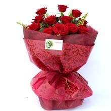 12 Supreme Red Roses