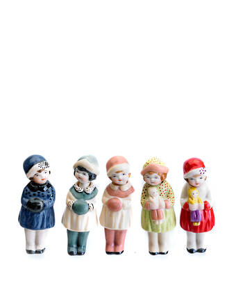 Nodding dolls