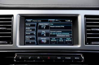 Jaguar XF GPS Navigation UK import