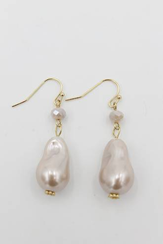 Nugget Pink Pearl Earrings