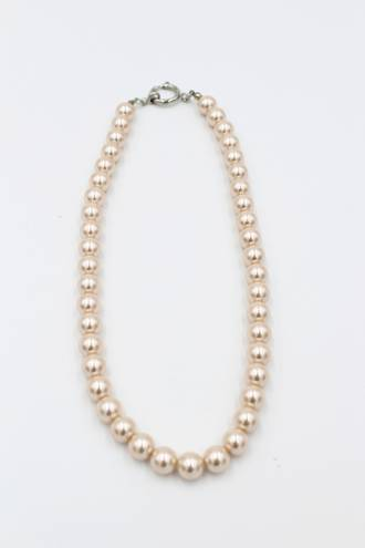 Peach Glass Pearl Necklace