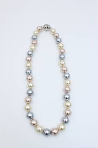 Phoebe Pearl Necklace