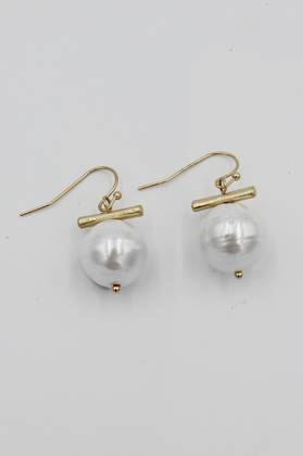 Dash Pearl Earrings