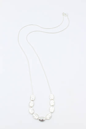 Pebble Silver Necklace