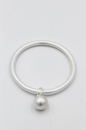 Savvy Matt Silver Bangle