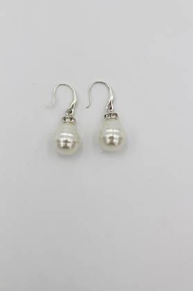 Milky Pearl Earrings