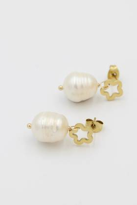 Daisy Pearl Earrings