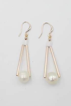 Honey Pearl Earrings