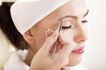 eyebrow shaping and eyelash tinting