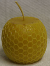 Moulded Beeswax Candle - Comb