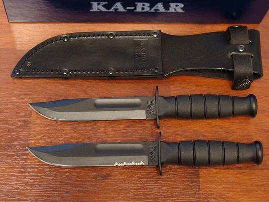 KA-BAR Short serrated Edge Knife - Leather Sheath
