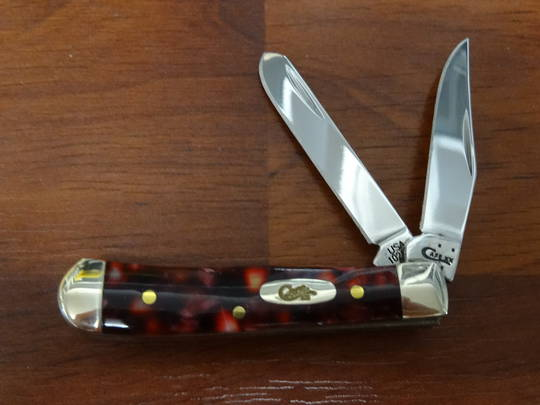 CASE CUTLERY Tiny Trapper, Smooth Cranberry Kirinite Folding Knife -13271 No box