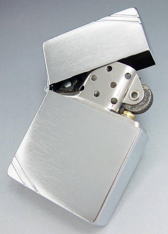 Zippo 1935 Replica w/ Slashes Zippo Lighter