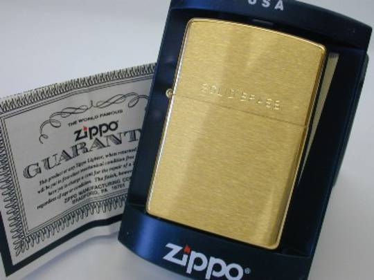 Zippo Brushed Brass with Logo Lighter