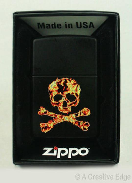 Zippo Skull & Crossbones Lighter