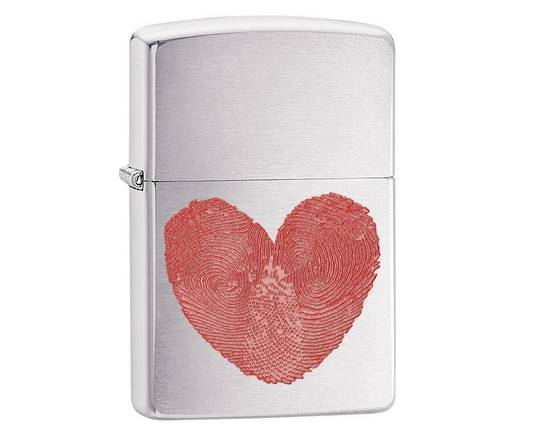 Zippo Heart Thumbprints Brushed Chrome Lighter
