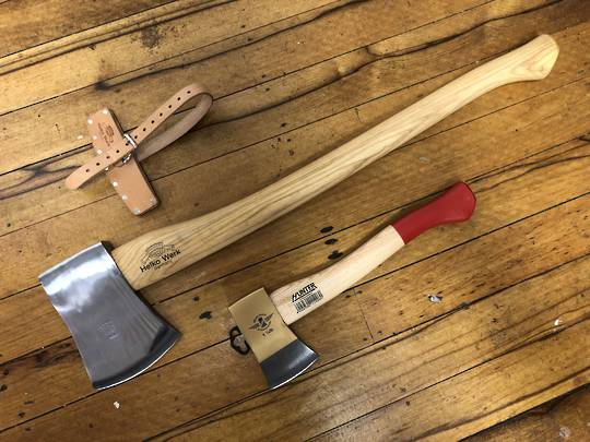 HELKO Classic Expedition Axe 2000g and Hatchet Combo