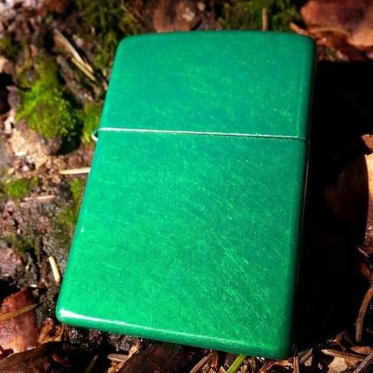 Zippo Meadow Green Matte Lighter