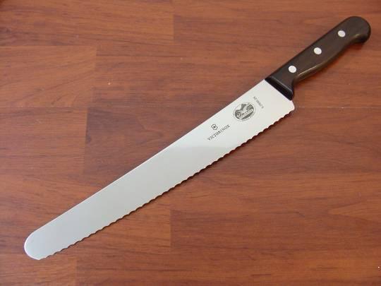 Victorinox  Pastry Knife Wavy 26cm Rosewood Wavy