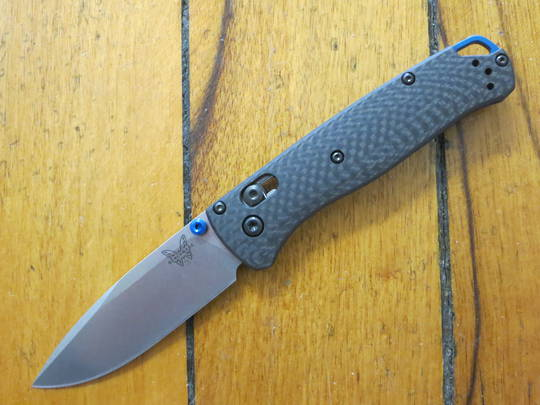 Benchmade 535-3 Bugout AXIS Lock, S90V Satin Plain Blade, Carbon Fiber Handles