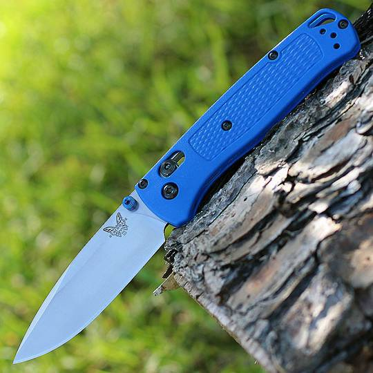 Benchmade 535 Bugout S30V Fine Edge Folding Knife - blue