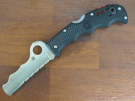 Spyderco Assist I Rescue folding Knife
