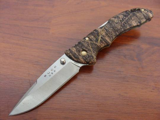 Buck Bantam BLW Camo Folding Knife