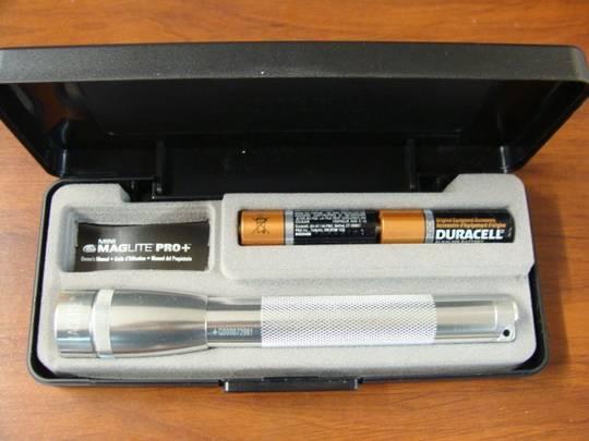 MAGLITE Mini PRO + LED Flashlight 245 Lumens - Silver