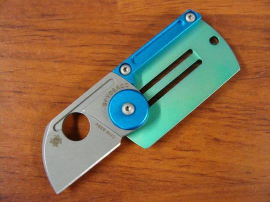 Spyderco Dog Tag Folding Knife - S30V